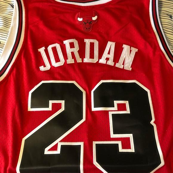 premium selection 877ef d41f6 Michael Jordan 23 Bulls Away Red Jersey NWT